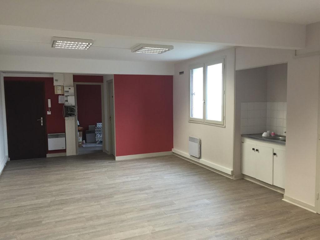 Bureaux Landerneau 4 pièce(s) 100 m2