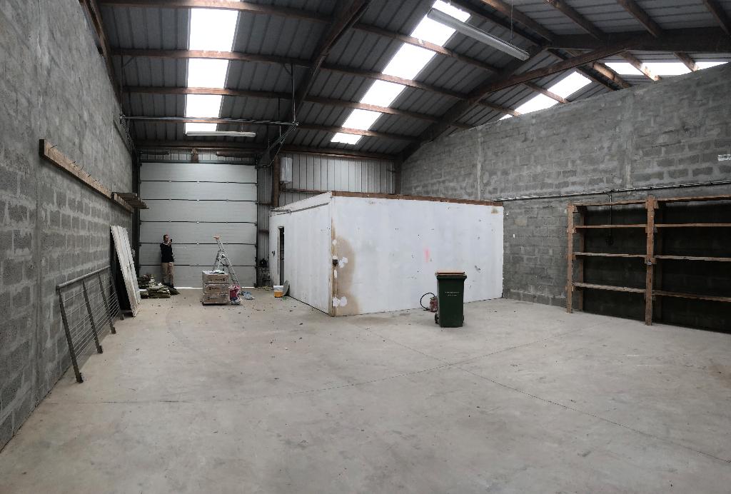 Entrepôt / local industriel Bourg Blanc 150 m2