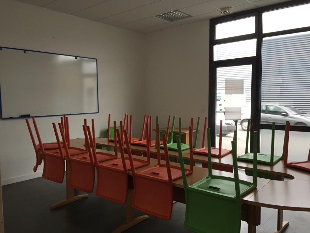 Bureaux Brest 2 pièce(s) 49 m2