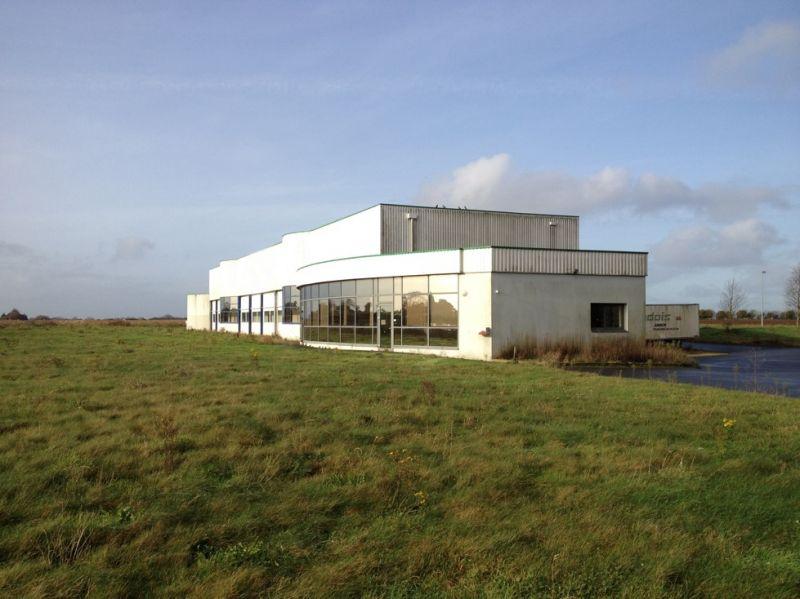 Local d'activité Ploudaniel 1500 m2