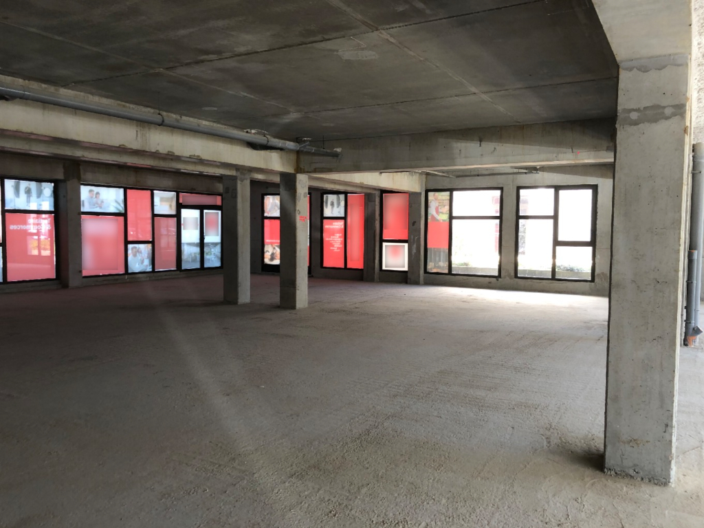 Local commercial Brest 768,48 m2 2/7