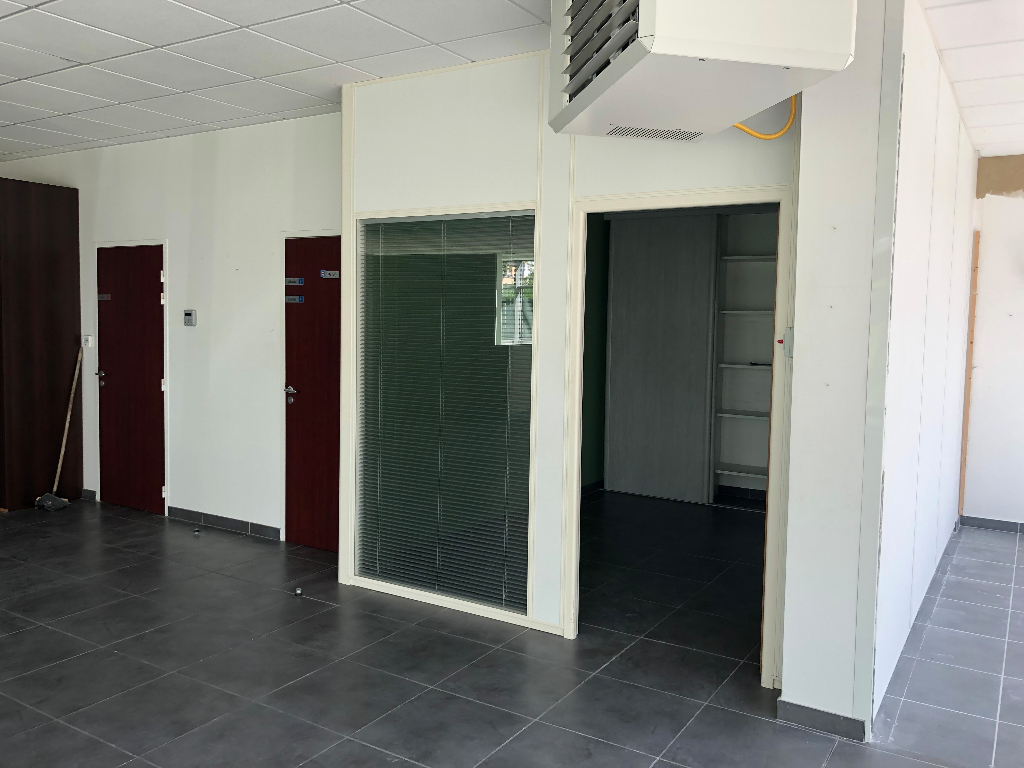 Local commercial Brest 400 m2 5/6