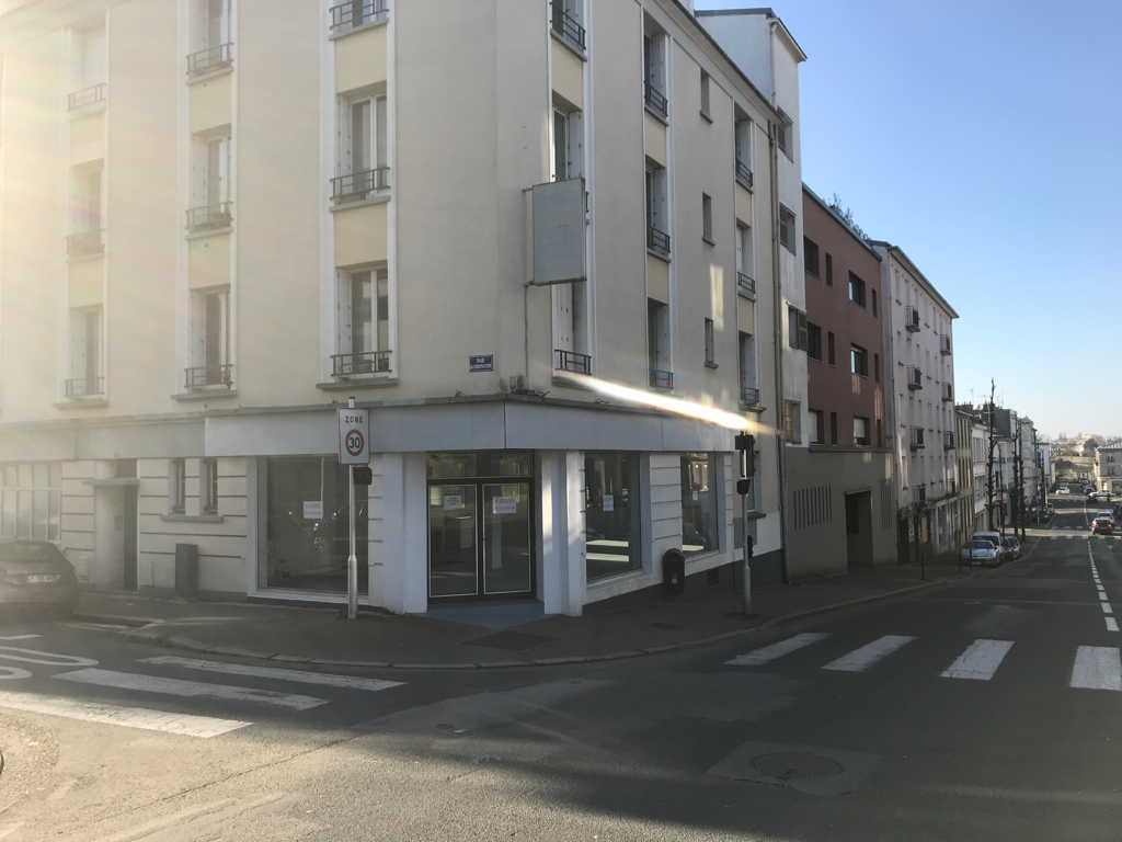 Local commercial Brest 105 m2 harteloire 1/3