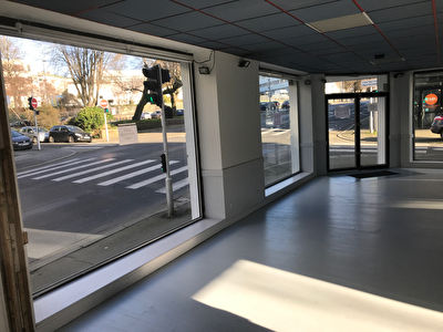 Local commercial Brest 105 m2 harteloire 2/3