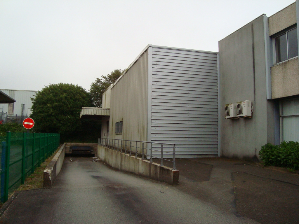 Local commercial  1000 m2 2/6