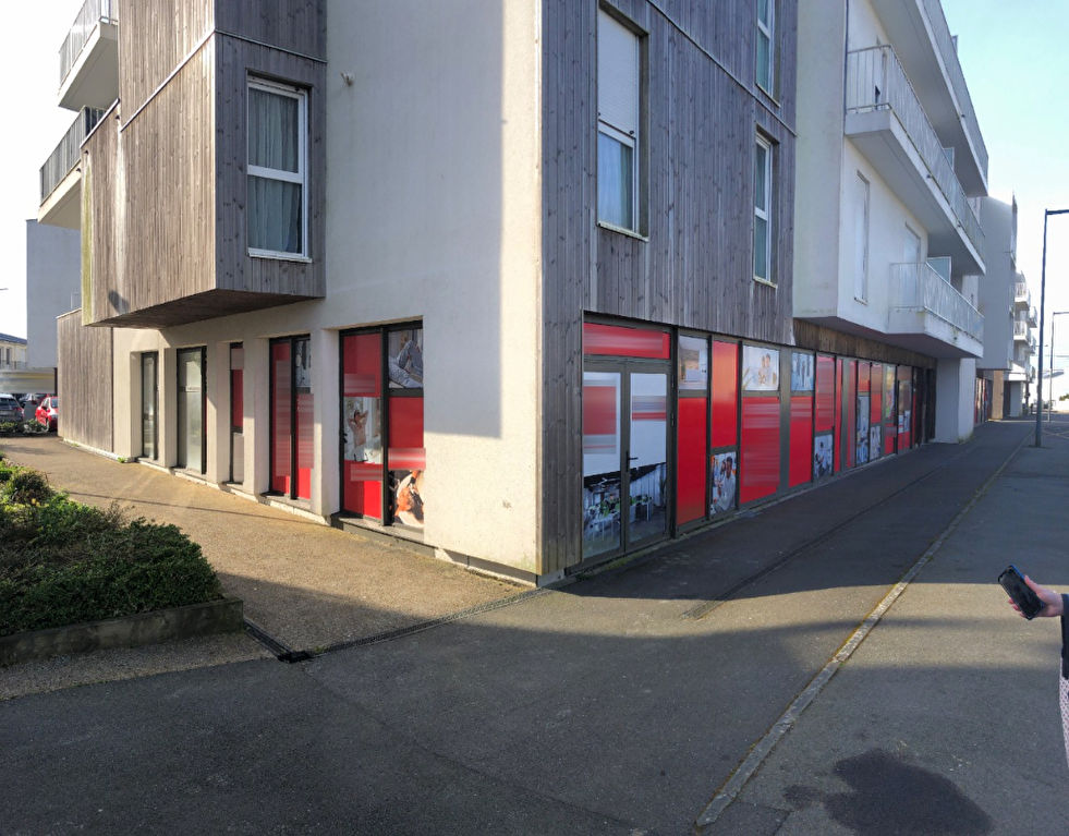 Local commercial Brest 93 m2 1/2
