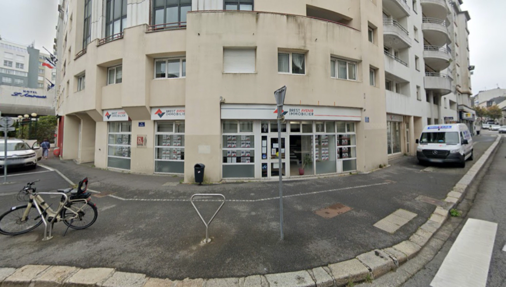 Local commercial Brest - 200 m2 1/1